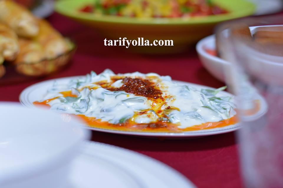 soslu semizotu salatası
